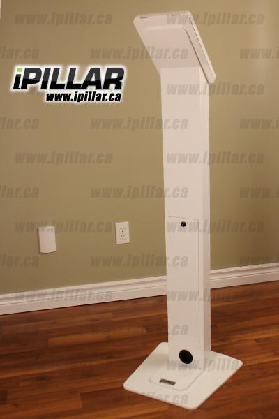 ipillar_locking-ipad-custom-white_back_v